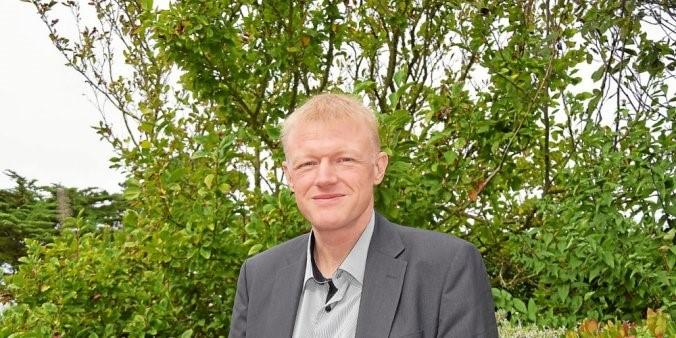 GILLES BOURDON, DIRECTEUR D'ORANGE LABS LANNION PRÉSENTE LES 6 AXES MAJEURS DU CANEVAS STRATÉGIQUE DU SITE